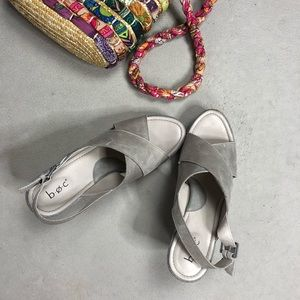 BOC Born Concept Dannah wedge gray sandal